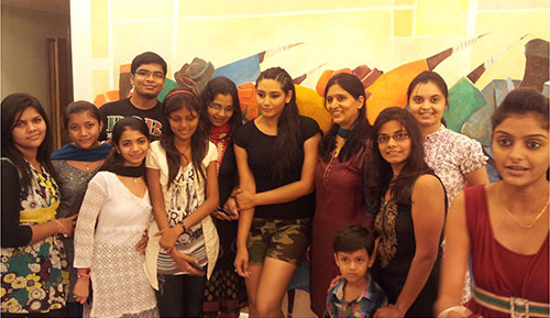 Celebrity Visit Actress Ragini Dwivedi